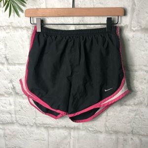 Nike women's shorts size small running athletic S